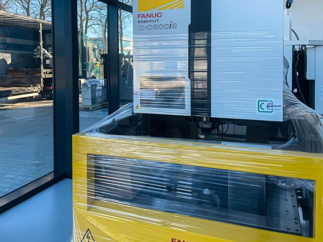 Fanuc Robocut transport